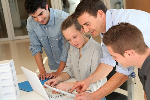 aggressive-hiring-expected-in-it-marketplace_1069_473505_0_14070552_500